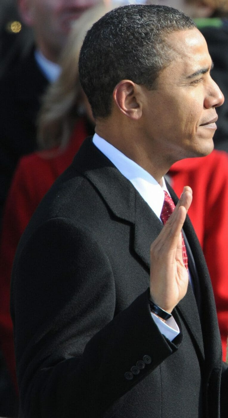 Obama taking 2009 oath